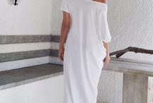 Maxi dresses white