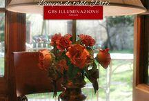 Lampes de table / Lampes de table Style Romantique. Avec flocon et rubans, roses et boutons. Les lampes de table GBS sont entièrement conçus et réalisés à Florence, fabriqués dans l'usine florentine en utilisant uniquement des composants italiens de très haute qualité