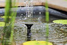 Energie Solaire au Jardin / Utiliser l'énergie solaire pour illuminer un jardin, oxygéner et arroser un bassin...