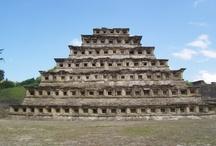 00 MEXICO MARAVILLOSO / Un poco de lo que ofrece México. Arqueología. Bellezas naturales, algunas poco conocidas, pero no por eso menos atractivas. Y muchas cosas más. / by Roberto Ruiz