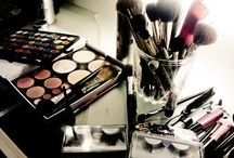 Makeup <3 / by Yvonne Philipps
