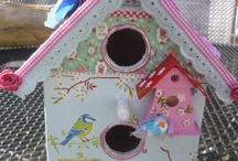 Vogelhuuskes birdshouses / ceramics and vogelhuisjes
