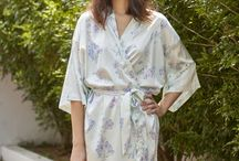 Flirty Freesias Kimono Robe / These are statement robes for special occasions.  Our talented illustrator Bryony Fripp has designed these dreamy prints exclusively for our Mariposa Classics Collection.  Stunning pieces for those beautiful getting ready photos makes a great addition for any bridal party on the big wedding day or to pack for your romantic honeymoon getaway.   They also make perfect gifts for a birthday, baby shower or a girls weekend away.