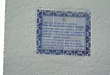 Place that you can go on the street and see it on the wall / This is history. Granada, Nicaragua You will see on the wall.