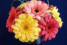 Цветы из фоамирана / букеты, украшения из фоамирана