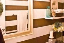 •Small Bathroom•