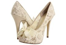 You know, I <3 shoes! / Shoes, accessories, and other wonderful elements that greatly inspire me