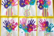 fiori con le mani