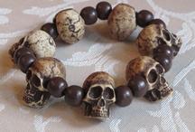SKULLS: bracelets, necklaces, earrings, and more. / by Valerie Fletcher