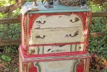 Painted Treasures/Furniture