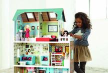 Casas de muñecas / Aquí encontrarás las mejores casas de muñecas para sorprender a tu peque. Las hay de todos los colores y los tamaños. ¿Cuál será la tuya?