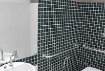 Lavabo / Veja diversas imagens de lavabo ou banheiro, como você preferir chamar :) Confira lindas fotos de decoração de lavabo, muitas inspirações para banheiros pequenos e ideias de decoração de banheiro. Aproveite e boa decor! #lavabo #banheiro #banheirospequenos #ideiasdedecoracaodebanheiro #decoracao #arquitetura #designdeinteriores