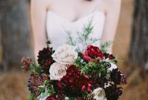 dark romantic bridal inspiration / dark romantic bridal inspiration  I autumn bride I dark red I flowers I mythical I wedding I bride I styling I elegance