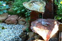 fantana  cascada cu frunze de lipan