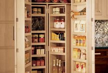 Wood-Mode Cabnetry / Kitchen Cabinet design ideas / by Michelle Pappas