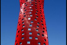 Red Architecture / Prominent Red architecture