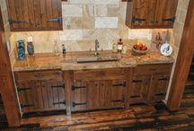 Lakehouse Getaway / This rustic lake house is sure to offer you some inspiration. Featuring Brentwood natural stone countertops.
