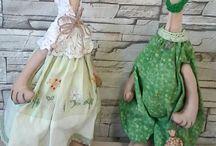 мои куклы и игрушки