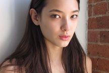 Model/Photo