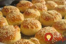 raňajkové pečivo a chlieb