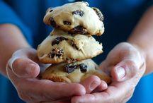 Cookies, bars & snacks