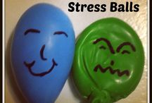 Dealing with worrying for kids / Creative play therapy ideas to help children with worrying and anxiety. And tips for parents and teachers to support children that worry a lot