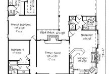 Floor Plans / by Heather Ferrell