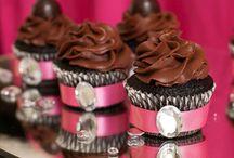 Cupcake Love. / by Lu Hdez