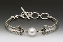 Jewellery Specialist / So put on your best, boys... I'll wear my pearls...