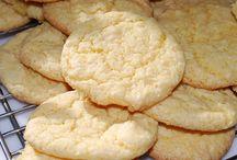 Cookies / by Amanda Garraty