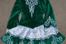 feis šaty