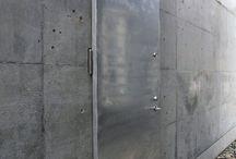 玄関ドア、外部建具