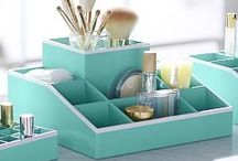 make-up storage