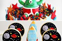 Rocket, Astronaut and Space Party Ideas
