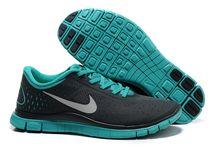 Nike Free 4.0 shoes / by Emma Thomson