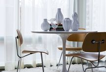 """Eero Sarinen's Tulip Table / In a 1956 cover story in Time magazine, Eero Saarinen said that """"the underside of typical tables and chairs makes a confusing, unrestful world,"""" and that he was designing a collection to """"clear up the slum of legs in the U.S. home."""" Later that year, he completed his Pedestal Table (1956) with its cast aluminum base inspired by a drop of high-viscosity liquid."""