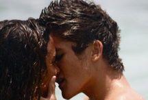 Kiss me passionately!!  / Passionate kisses..