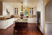 Kitchen islands and seating