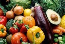 Raw Food Diet / by Paulina Ottow