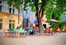 St Rémy de Provence 400m du Camping Pegomas / Le Camping Pegomas est idéalement situé à 5' à pied du coeur historique de Saint Rémy de Provence. #camping #pegomas #provence #saintremydeprovence