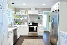 Super cute kitchen!