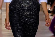 Siyah dantel etek beyaz bluzan elbise