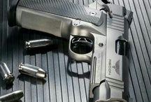 Guns & Knifes