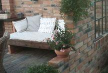 zahradní dům + zahradní sezení