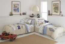 House: Boys Bedrooms / by Michelle .