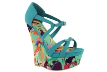 Love at First Bright / by Shi by Journeys footwear