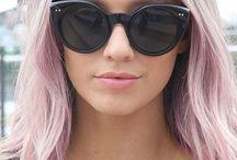 Cheveux rose pâle