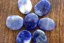 Mina healing stenar