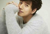 Moon Joowon, Choi jin hyuk, Park Hae Jin, Song joong ki, Jung Yonghwa
