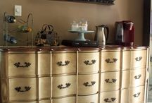 A BEVERAGE BAR STATION / by Sweet Kisses